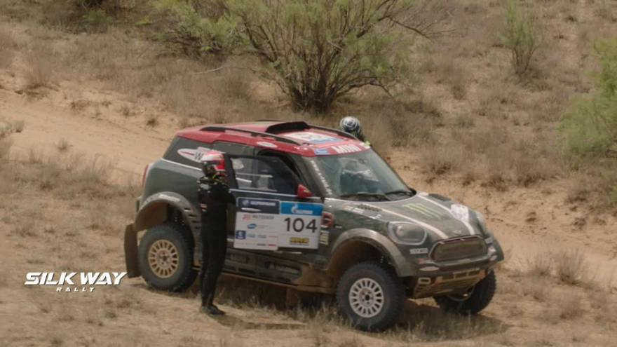 Dramatic first day at 2018 Silk Way Rally