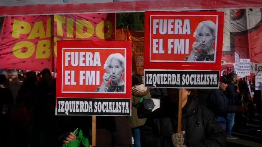 Az IMF ellen tüntettek Buenos Airesben