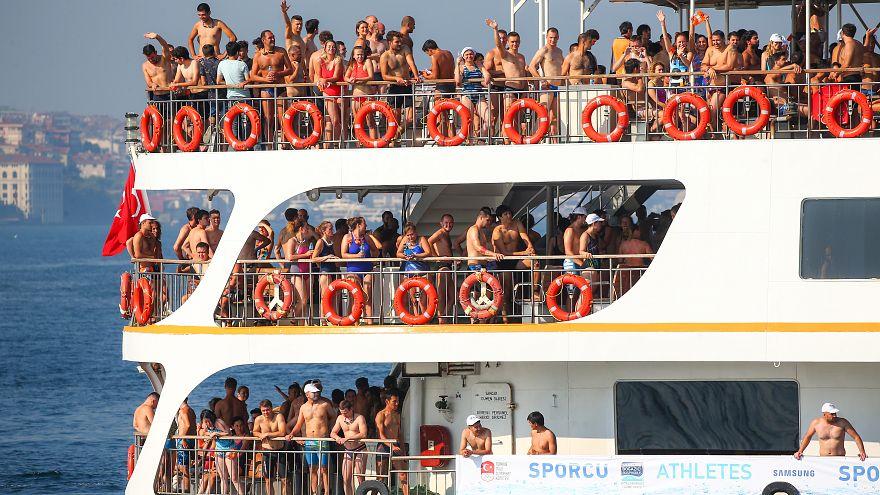 Межконтинентальный заплыв через Босфор