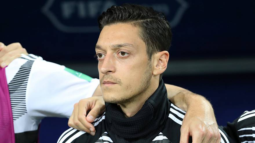 Mesut Özil Alman A Milli Futbol Takımı'nı bıraktığını açıkladı