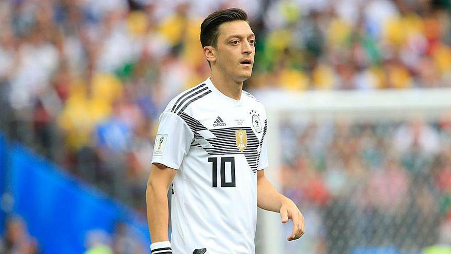 Milli takımı bırakan Mesut Özil'in kariyeri başarılarla dolu