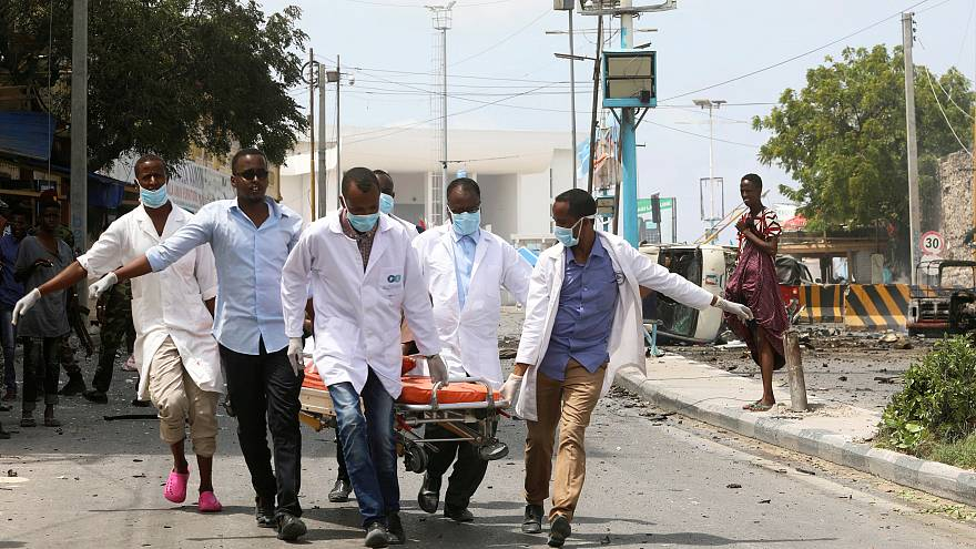 حركة الشباب بالصومال تقتحم قاعدة عسكرية بالجنوب وتقتل 27 جنديا