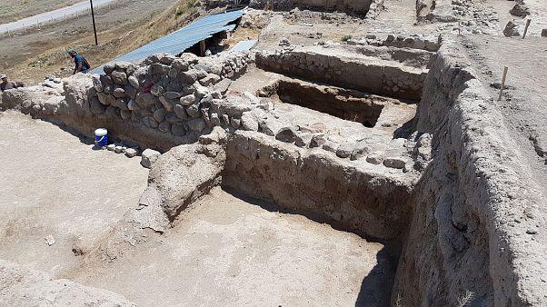 Niğde'de Helenistik döneme ait 2100 yıllık tapınak bulundu