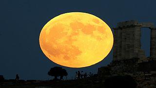 ماه خونین؛ طولانیترین ماهگرفتگی قرن