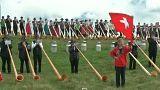 Kétszáz kürtös egyszerre fújta Svájcban