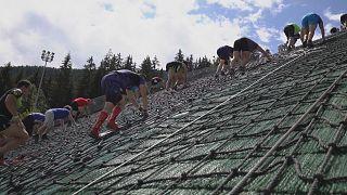 Kayak atlama pistinde yapılan dünyanın en dik yarışı