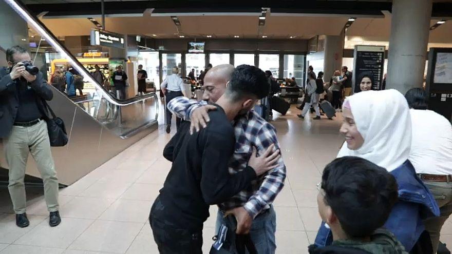 بعد أن فرقتهم الحرب ثلاث سنوات...لم شمل عائلة سورية في ألمانيا