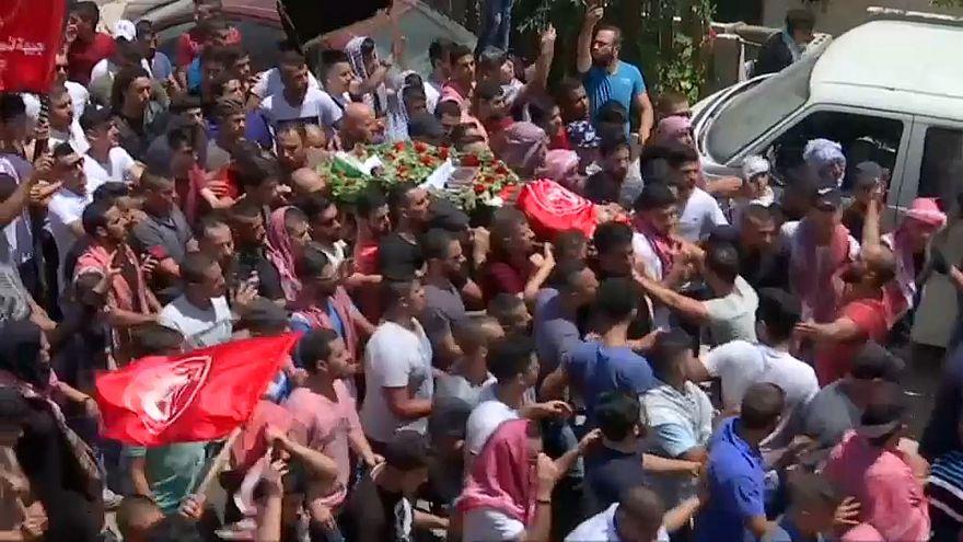 شاهد: تشييع جثمان صبي فلسطيني قتله جنود إسرائيليون في بيت لحم