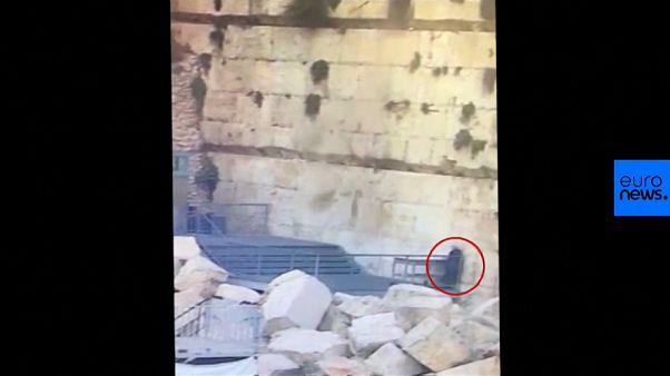 Gerusalemme: grande pietra si stacca e cade dal Muro del Pianto