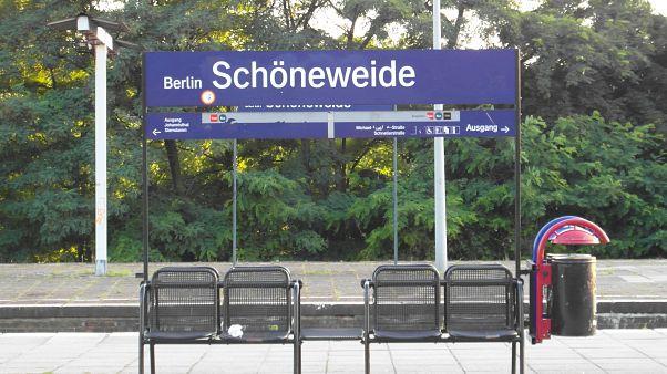 Berlin'de iki evsiz yanıcı maddeyle saldırıya uğradı
