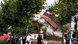 Sütlüce'deki bina yıkıldı