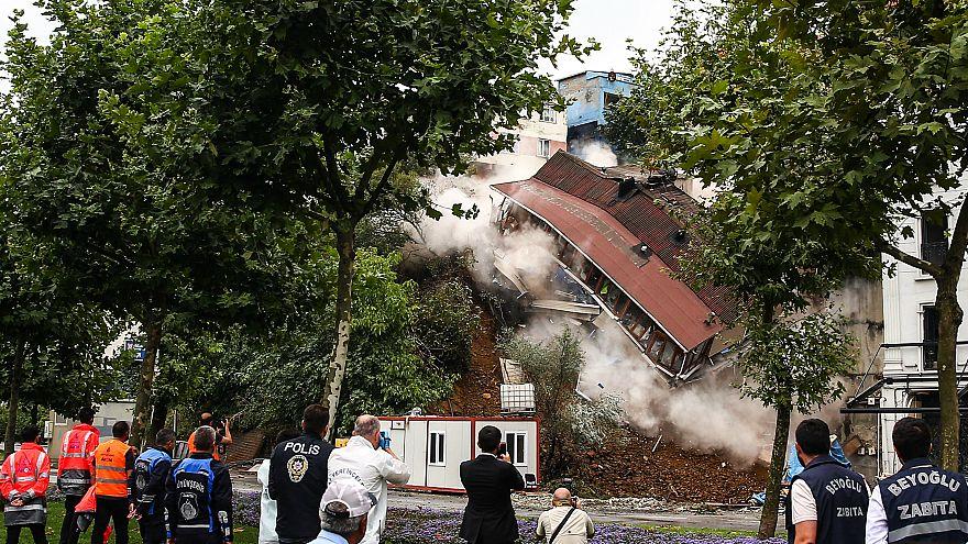 sütlüce'de yıkılan bina ile ilgili görsel sonucu