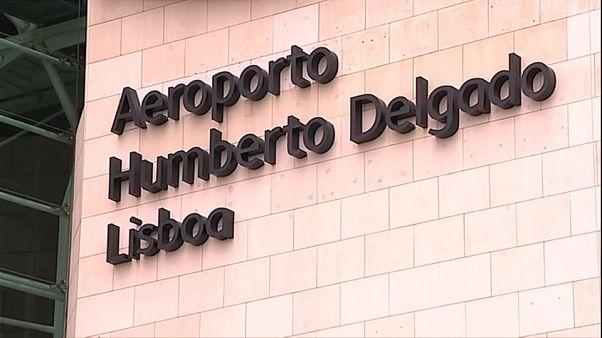 Menores estão a ser detidos no Aeroporto de Lisboa