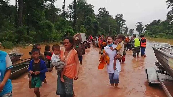 Cientos de desaparecidos en Laos al derrumbarse una presa