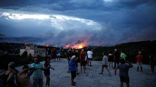 Πυρκαγιές στην Αττική: Το χρονικό της τραγωδίας (φωτορεπορτάζ)