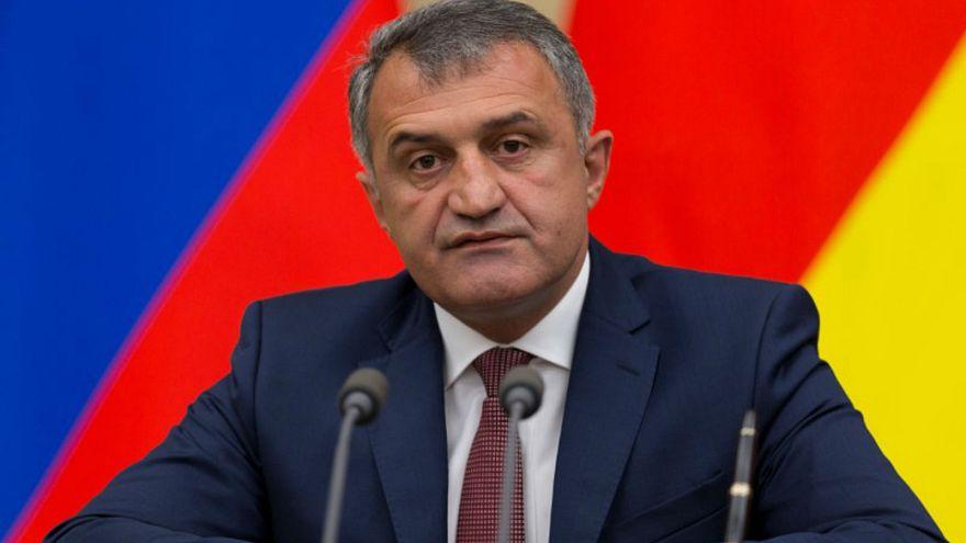 زعيم أوسيتيا الجنوبية أناتولي بيبيلوف