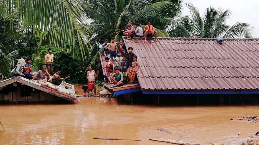 Обрушение дамбы и наводнение в Лаосе