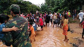 Centenas de vítimas em colapso de barragem no Laos