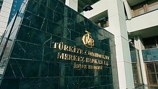 Merkez Bankası kararının ardından: Dolar, Euro yükseldi, borsa geriledi