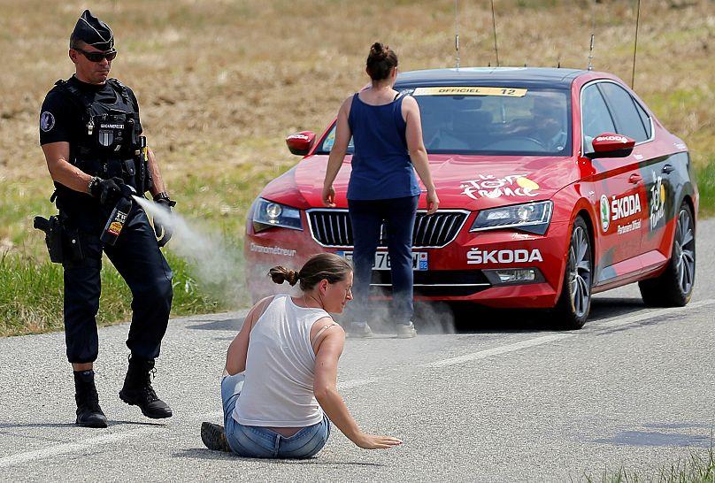 La course arrêtée pour des gaz lacrymo