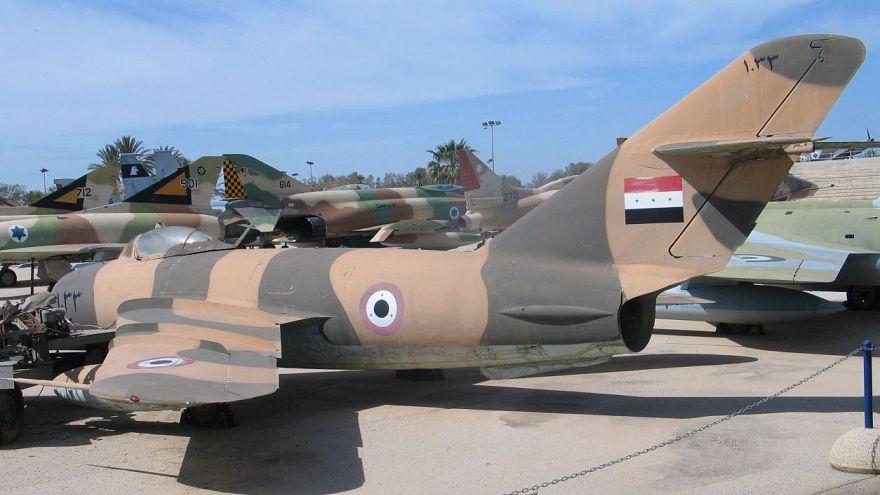 إسرائيل تقول إنها اعترضت طائرة سورية فوق الجولان وسوريا تعقب