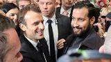 الرئيس الفرنسي وأحد كبار حرّاسه ألكساندر بن علة