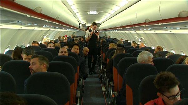 Elegük van a légitársaságoknak a francia sztrájkokból
