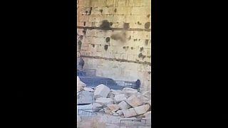 Une pierre de cent kilos se décroche du Mur des Lamentations