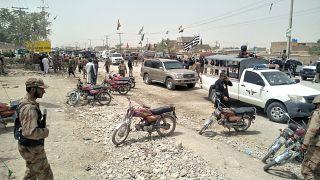 Öngyilkos merénylő robbantott egy pakisztáni szavazókörnél