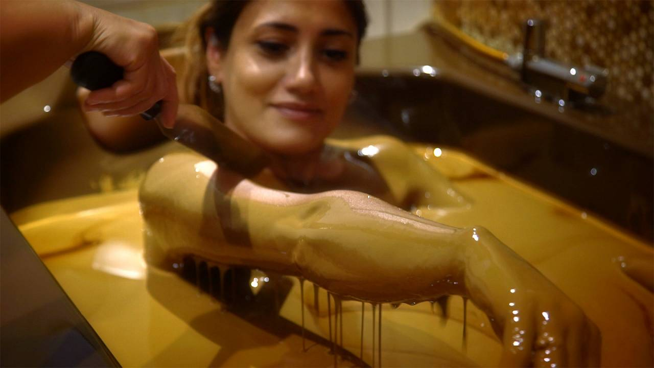 The Naftalan bath oil, Azerbaijan's slick beauty treatment