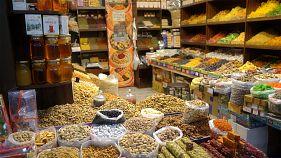 Postcards Azerbaïdjan : saveurs et couleurs au marché de Bakou
