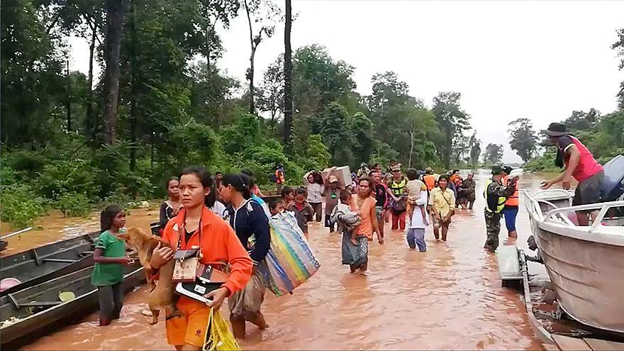 Laos, baraj kazası sonrası sel felaketi mağdurları