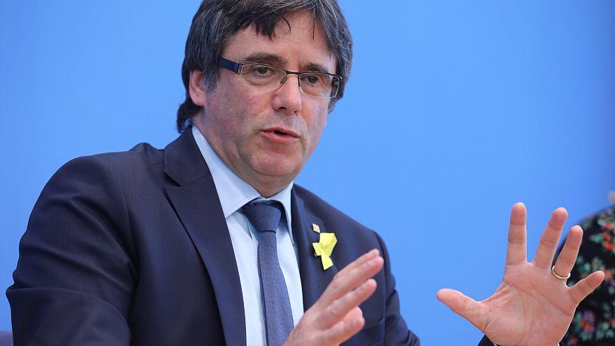 """Puigdemont presto a Bruxelles: """"Ho un mandato da rispettare"""""""