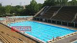 Reserved pool lane angers Berlin swimmers