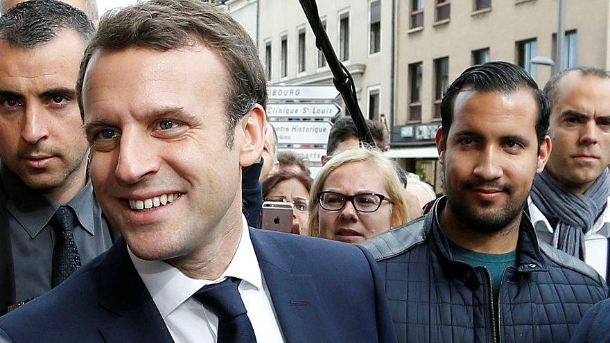 Fransa Cumhurbaşkanı Emmanuel Macron ve danışmanı Benalla