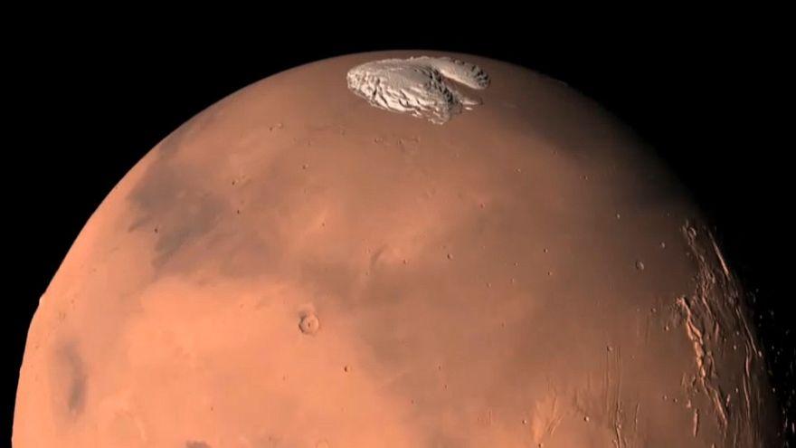 Descubierta agua en Marte