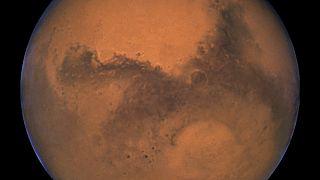 На Марсе нашли жидкую воду