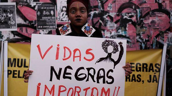 البرازيليات من أصول افريقية يتظاهرن ضدّ العنف والعنصرية