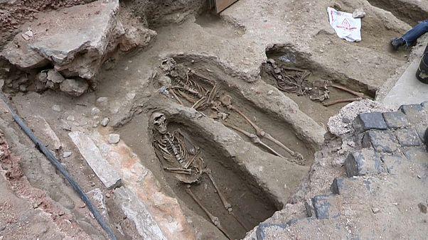 Cemitério medieval descoberto no centro de Lisboa