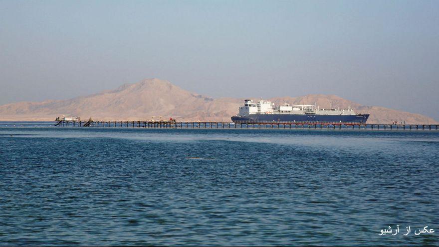 حمله حوثیها به کشتی سعودی؛ عربستان صدور نفت از دریای سرخ را متوقف کرد