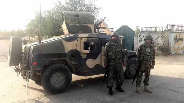 Afganistan'da istihbarat konvoyuna bombalı saldırı