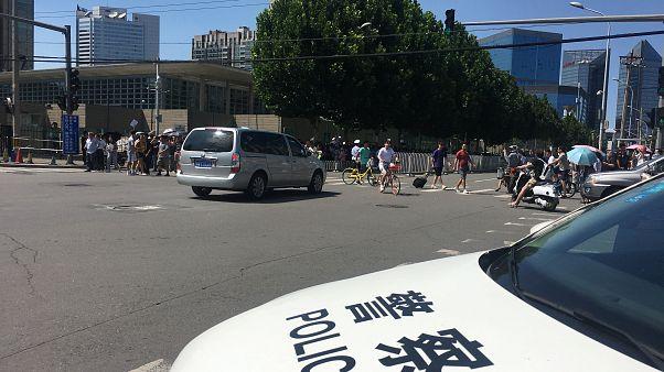 Αναφορές για έκρηξη έξω από την αμερικανική πρεσβεία στο Πεκίνο