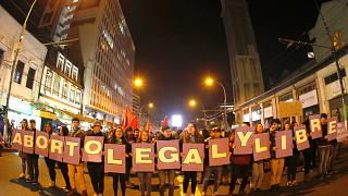"""Cile: le donne vogliono l'aborto """"libero"""""""