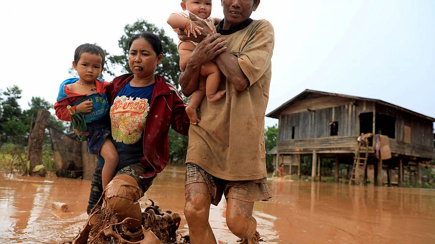 Águas da barragem colapsada chegam ao Camboja