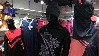 لماذا أسقطت محكمة بلجيكية  حظر لباس البحر الإسلامي ؟