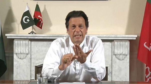 Пакистан: бывший игрок в крикет объявил о победе на выборах