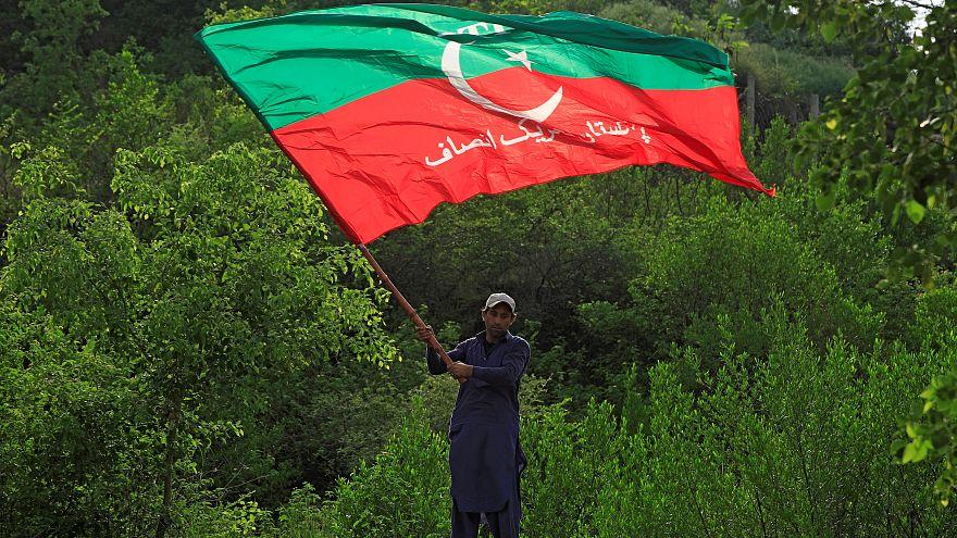 Pakistan: Ex-Kricket-Star erklärt sich zum Wahlsieger