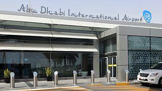 حوثیها: فرودگاه ابوظبی را با پهپاد هدف گرفتیم