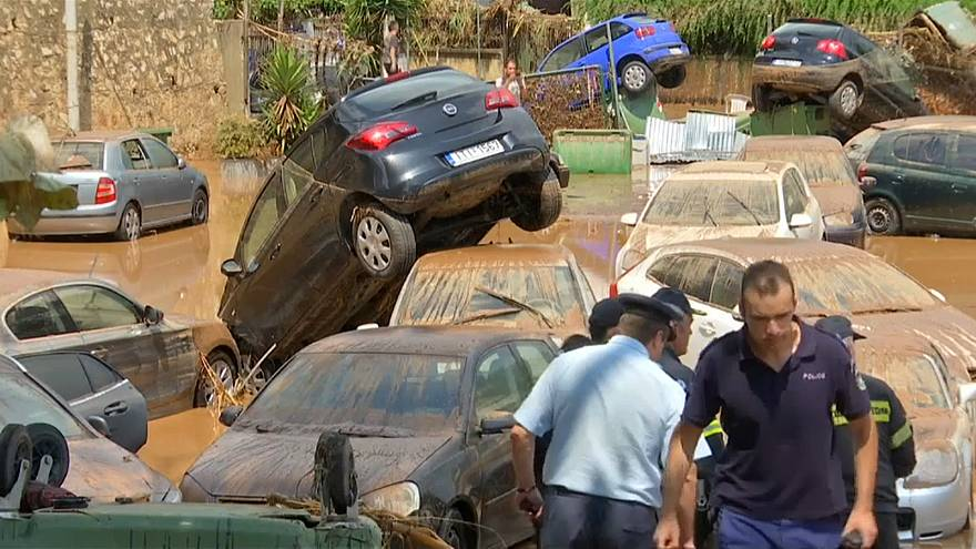 Греция: на смену пожарам пришли наводнения