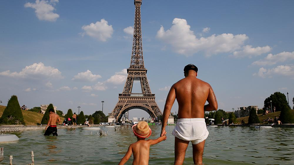 What does the summer heatwave look like across Europe?
